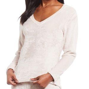 UGG Daisey Fleece Lounge Top or Pajama Shirt